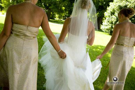 Bride walks with bridesmaids in Washington Park, Springfield, Illinois