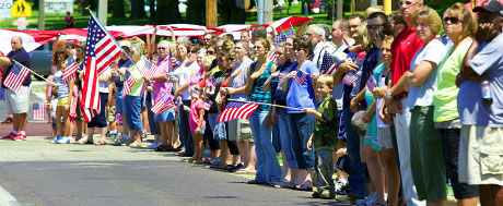 People line Morton Avenue to pay their respects to Ssgt Matthew Weikert, Warmowski Photography