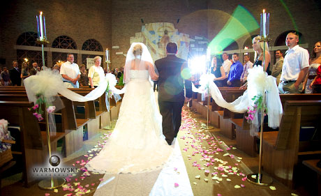 Bride walks down aisle, at Our Saviour Church, photo by Warmowski Photography