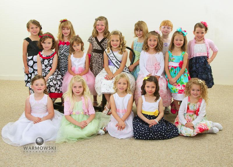 2012 Morgan County Fair Princess contestants group photo, http://www.warmowskiphoto.com