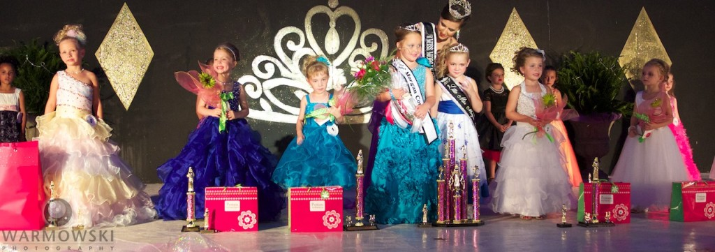 2013 Morgan County Little Miss winners (from left) Savanna Lancaster, Taylor Deweese, Olivia Stewart, Kenadi Ryan, Emalee Pool & Natalee Barnhill.