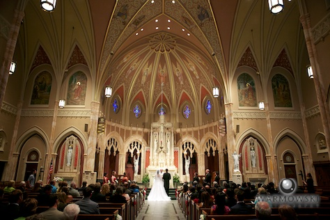 Interior, Blessed Sacrament Catholic Church - Rushita & Benjamin (by Warmowski Photography)