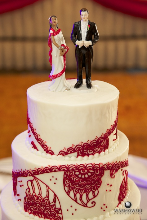 Wedding cake detail - Rushita & Benjamin (by Warmowski Photography)