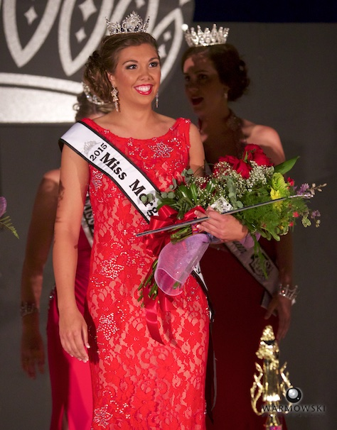 Abby Tomhave after being crowned 2015 Queen.