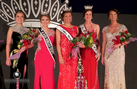 (From left) 1st Runner Up Alexis Middleton, 2014 Queen Brianna Klein, 2015 Queen and Best Speech Abby Tomhave, 2015 Miss Illinois County Fair Sadie Gassmann, and 2nd Runner Up Cassidy Crow.