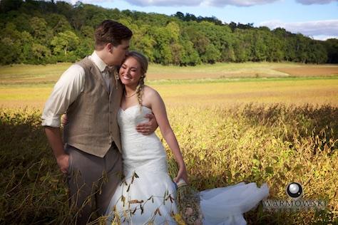Wedding of Leah & Ryan at Reichert's Barn, Bluff Springs, September 2015. Wedding Photography by Steve & Tiffany of Warmowski Photography.